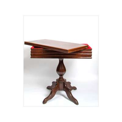Pedestal Style Folding Game Table