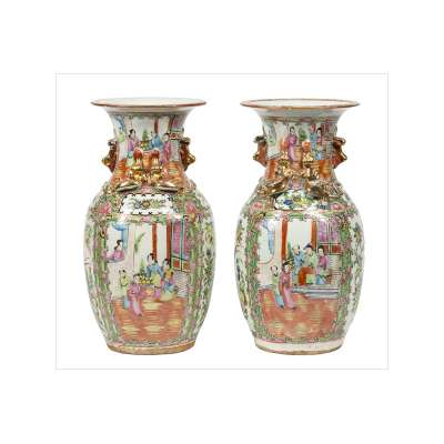 Pair of Cantonese Urns